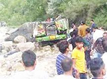 25 killed in Himachal hill bus
