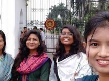 DU students give death certificate to death