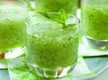 Eat mint leaf syrup at Iftar